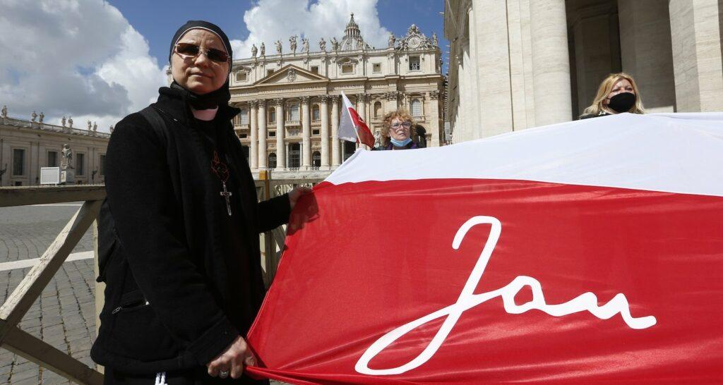 Polish pilgrims mark anniversary of  attempt to assassinate St. John Paul