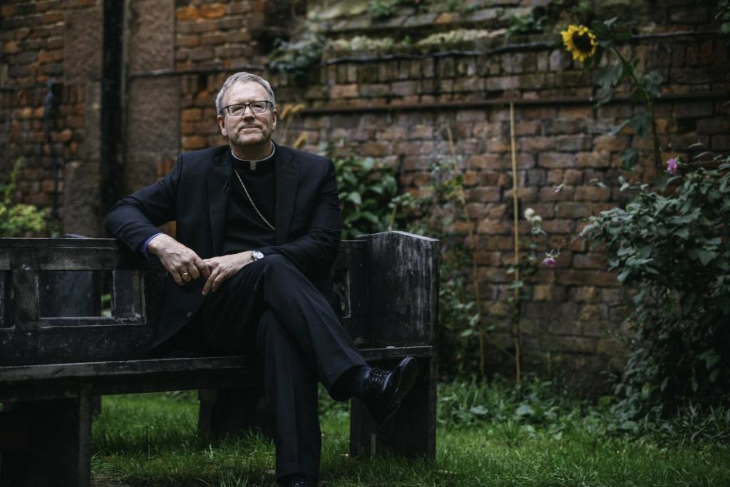 Prioritization, not polarization, is Catholic media's role, bishop says