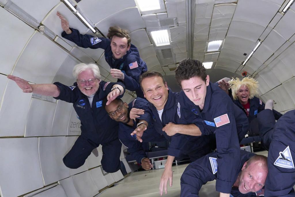 Deacon experiences zero-g at 35,000 feet